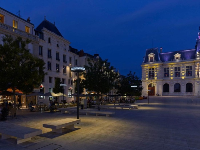 poitiers-public-lighting